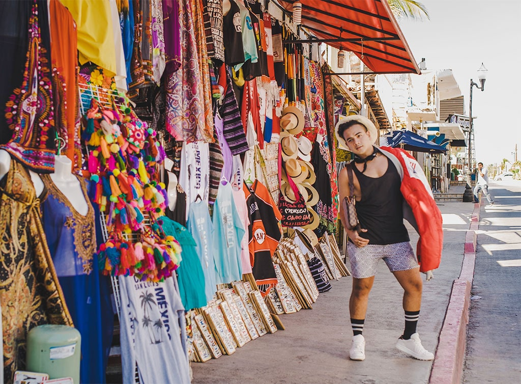 How To Travel in Style Like An Influencer: Solo Traveller In Cabo