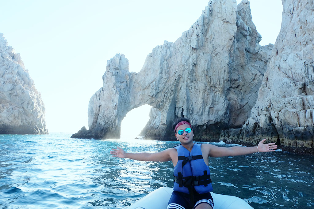 Things To Do in Mexico_Cabo San Lucas_Travel Blogger Jonathan From Canada_9