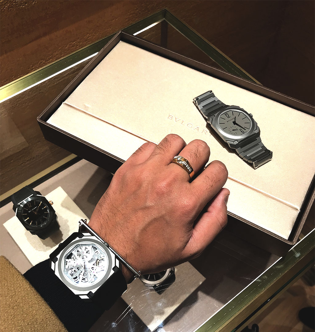 Bulgari Mens Watches_Mens Fashion Blogger Canada_Vancouver Fashion Blogger Jonathan_Top Influencers Vancouver_Shopping in Holt Renfew