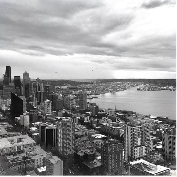 Jonathan Waiching Ho_Visiting Seattle from Vancouver_Space Needle Seattle_Top blogger Vancouver Canada
