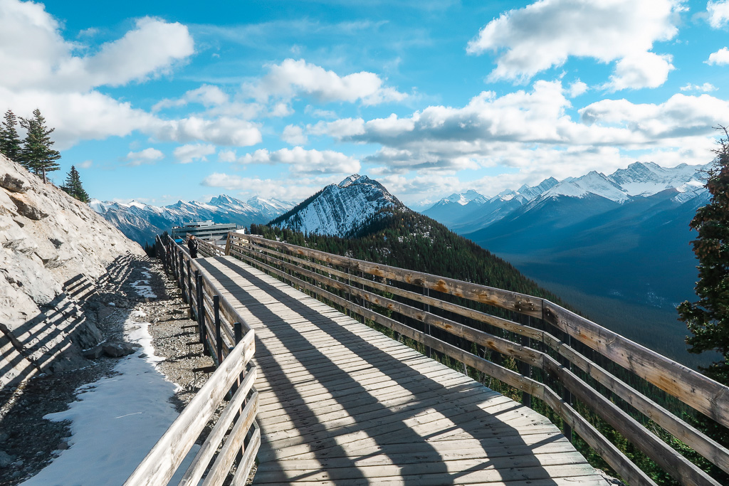 Banff Alberta Travel Guide_Things to do in Banff Travel Influencer_Canadian Influencer_Vancouver_Jonathan Waiching Ho_17