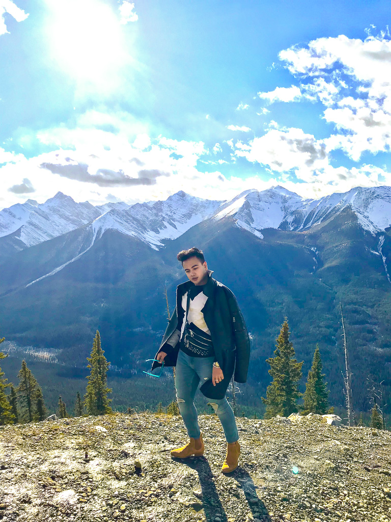 Banff Alberta Travel Guide_Things to do in Banff Travel Influencer_Canadian Influencer_Vancouver_Jonathan Waiching Ho_23