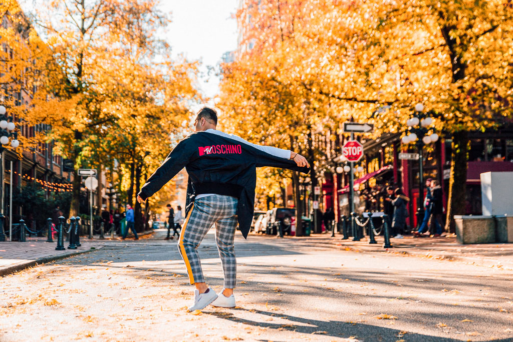 Influencer_Jonathan Waiching Ho_Toronto Fashion Blogger_Vancouver Fashion Blogger_HMoschino_OOTD in Vancouver Top Influencer_5