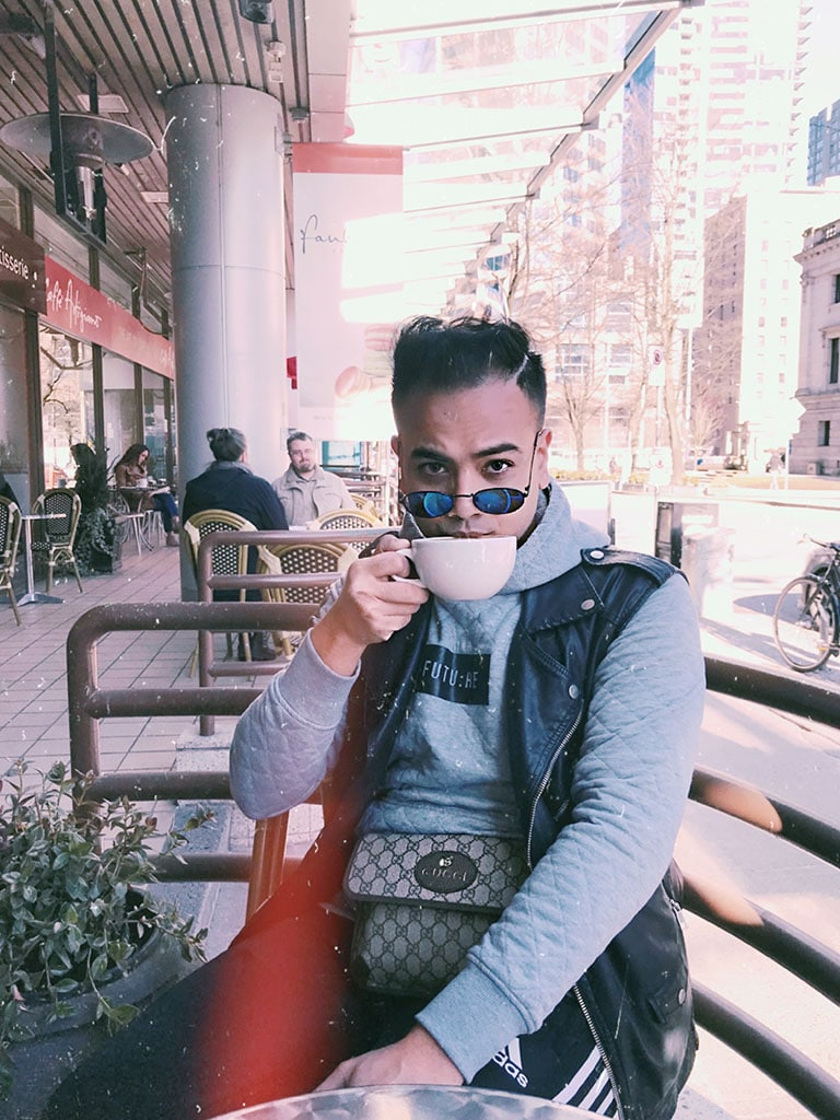 Canadian Travel Style Influencer_Jonathan Waiching Ho_Vancouver Canada_Top Bloggers Canada_Coffee Lovers_Gucci_4